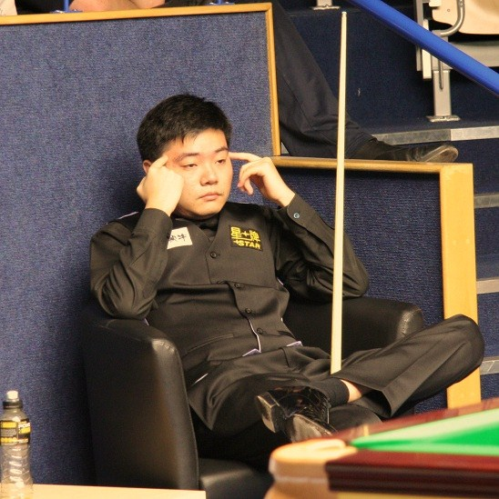Ding Junhui 丁俊晖 Unhappy PTC2 Snooker 2011