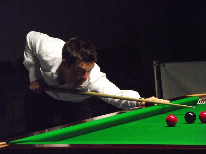 Michael Holt Pink Ribbon 2011 snooker